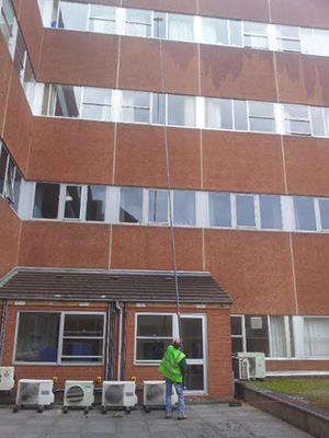 exterior window cleaners liverpool